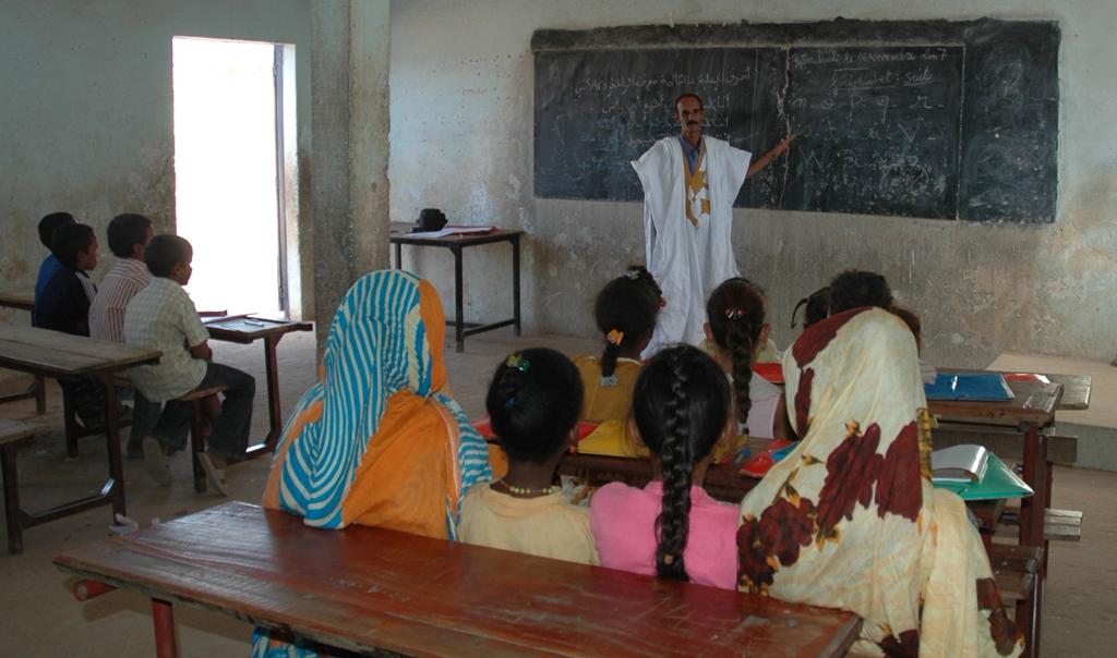 Première rentrée d'Emel dans une classe de l'école 7 (octobre 2007)