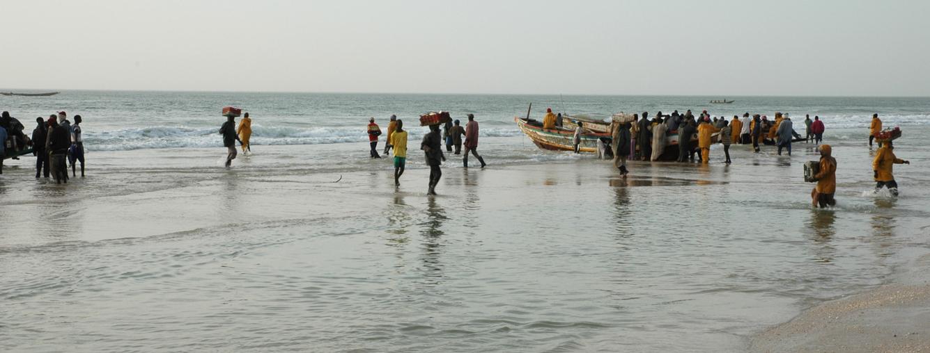 Pêcheurs sur la plage de Nouakchott